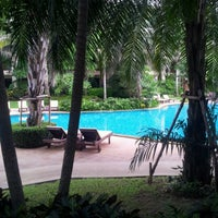 Photo taken at Ravindra Beach Resort & Spa by Jinny W. on 7/13/2012