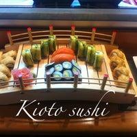 7/4/2012 tarihinde Dejjay M.ziyaretçi tarafından Kioto Sushi'de çekilen fotoğraf