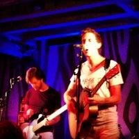 Foto tirada no(a) Doug Fir Lounge por Jen em 9/7/2012