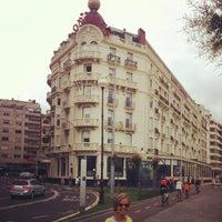 Foto tomada en Hotel Londres e Inglaterra por Joan S. el 8/15/2012