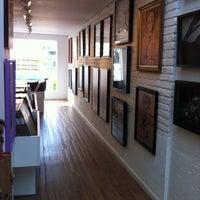 รูปภาพถ่ายที่ Urban Arts โดย Alex R. เมื่อ 2/14/2012