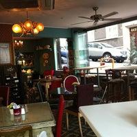 Foto tirada no(a) Susam Cafe por Melis T. em 6/21/2012