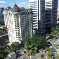 Foto tirada no(a) Sheraton São Paulo WTC Hotel por Cho Y. em 5/26/2012