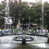 Foto tirada no(a) Beitou Park por Bernard L. em 4/19/2012