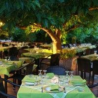 Photo taken at Καλωσόρισμα του Αντώνη by Lampros R. on 4/24/2012