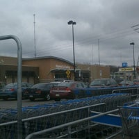 Photo taken at Walmart Supercenter by Kearstin :. on 3/29/2012
