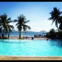 Photo taken at Club Balai Isabel by Heublein D. on 4/8/2012