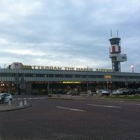 Das Foto wurde bei Rotterdam The Hague Airport von Aschwin M. am 6/15/2012 aufgenommen