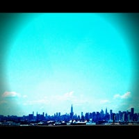 Photo taken at Brooklyn/Queens Expressway (BQE) by Suraj 🙇🏽 on 5/29/2012