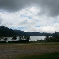 Foto tirada no(a) Lagoa das Furnas por Luiz V. em 7/23/2012