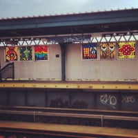 Photo taken at MTA Subway - Halsey St (J/Z) by Katie R. on 5/16/2012