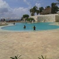 Foto tomada en Sunset Royal Beach Resort por oza v. el 8/30/2012