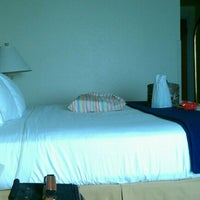 Photo taken at Holiday Inn Express Melbourne by Richard C. on 2/8/2012