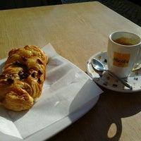 Photo taken at Botica do Café by Andrea S. on 2/20/2012
