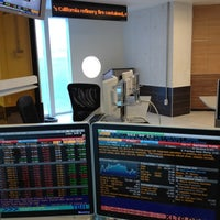 Photo taken at Financial Trading Room by Hazarael R. on 8/10/2012