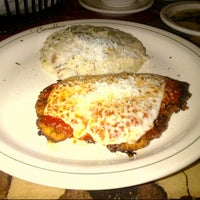 Photo taken at Carrabba's Italian Grill by KD on 8/22/2012