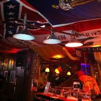 8/25/2012 tarihinde David O.ziyaretçi tarafından Navy Jerry's Rum Bar'de çekilen fotoğraf