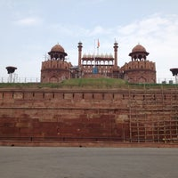 Photo taken at Red Fort (Lal Qila) by Rohan S. on 7/28/2012