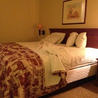 Photo taken at Country Inn & Suites By Carlson, Albuquerque Airport, NM by Nachum L. on 3/17/2012