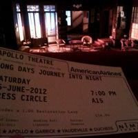 6/16/2012 tarihinde Euthymia K.ziyaretçi tarafından Apollo Theatre'de çekilen fotoğraf