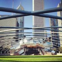 9/3/2012 tarihinde Anil P.ziyaretçi tarafından Jay Pritzker Pavilion'de çekilen fotoğraf