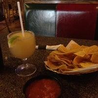รูปภาพถ่ายที่ La Nopalera Mexican Restaurant โดย Jonathan L. เมื่อ 2/27/2012