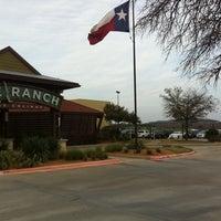 Foto tomada en The Ranch at Las Colinas por Steve F. el 3/1/2012