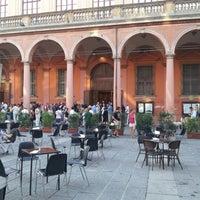 รูปภาพถ่ายที่ Piazza Verdi โดย Silvia A. เมื่อ 6/15/2012