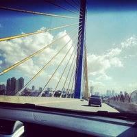 Foto tirada no(a) Viaduto Cidade de Guarulhos por Daniel L. em 6/16/2012