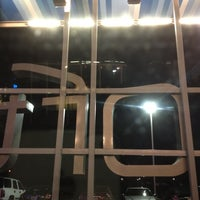 Photo taken at Aloft Tulsa by Kirsten D. on 4/1/2012