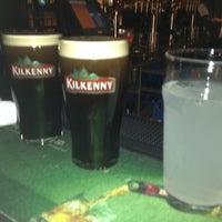 Foto tomada en Irish Pub O'Malley's por Wandria N. el 3/6/2012
