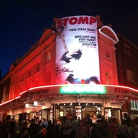 Photo taken at Ambassadors Theatre by minable on 8/2/2012