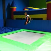 Photo taken at Bounce Trampoline Sports by Ty M. on 5/12/2012