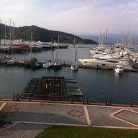 4/12/2012 tarihinde Muhteshem L.ziyaretçi tarafından Ece Saray Marina Resort'de çekilen fotoğraf
