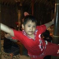 Photo taken at Ayam Ayam Resto Semarang. by Teguh N. on 4/14/2012