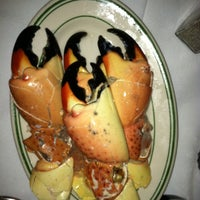 Photo taken at Joe's Stone Crab by Will T. on 3/2/2012
