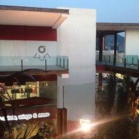 Foto tomada en Plaza Lua por Rogelio L. el 5/24/2012