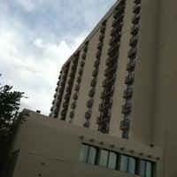 Photo taken at Sheraton Albuquerque Airport Hotel by Naomi G. on 5/7/2012