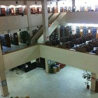 2/21/2012 tarihinde Kazım C.ziyaretçi tarafından Aptullah Kuran Kütüphanesi'de çekilen fotoğraf