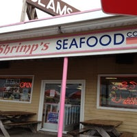 Photo taken at Pinky Shrimp's Seafood Company by Jessica S. on 7/15/2012