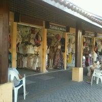 Foto tirada no(a) Feirinha de Artesanato de Tambaú por Tâmia L. em 4/24/2012