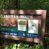Das Foto wurde bei Llandover Woods von Anna Marie am 5/18/2012 aufgenommen