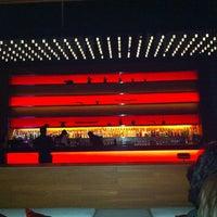 Foto tirada no(a) Long Table por Fuco Pure B. em 8/27/2012
