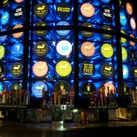 Foto scattata a The Pub at Monte Carlo da cornelius h. il 4/1/2012