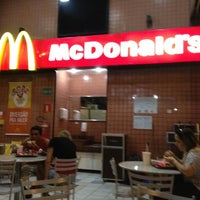 Photo taken at Mc Donald's by Jerônimo N. on 8/21/2012