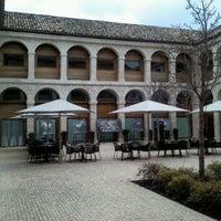 Photo taken at Parador de Alcalá de Henares by Teixina on 3/21/2012