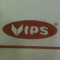 Photo taken at Vips by Nashelly on 7/31/2012