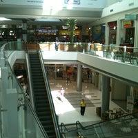 Foto tirada no(a) Independência Shopping por  Juliano S. em 8/20/2012