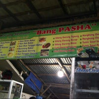 Photo taken at Warung Seafood Bang Pasha by Li F. on 8/16/2012