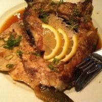Photo taken at Oishii Too Sushi Bar by Sharon Z. on 8/12/2012